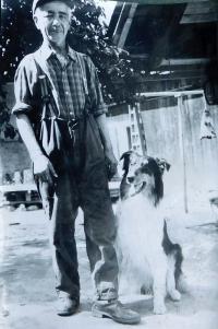 Otec Konstantin Karger v roce 1973