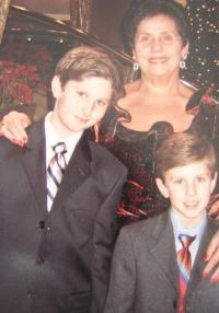 Jolana Blau s vnuky Stefanem a Sašou