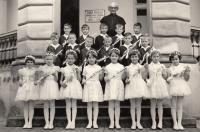 1962, svaté přijímání Velké Bílovice, 3. řada, 2. zleva