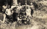 1968-1969, s kamarády na konvalinkách