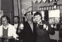 1976, Moravský Žižkov v hospodě