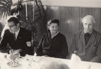 Jan Kůrka s rodiči, při udělení čestného občanství Pelhřimova, rok 1968