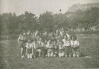 Ha Šomer Hacair - Hachšará - training, Mikuláš fifth left above, about 1938
