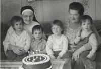 Slavomíra with her sister Anežka and her grandchildren