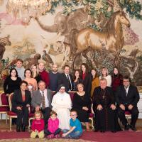 Dominika s rodinou a arcibiskupem Dukou