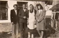 Manžel, švagr, tchýně a Slávka Velikonoce 1948