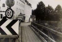 Můstek, Karlsfeld, Mnichov 1944, pamětník se tady schovával při náletech