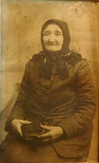 Prababička Kateřina Pleskotová, která v druhé polovině 19. století přišla na Volyň z obce Pohled