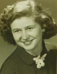 Evženie Hajná (Hamplová)- maturitní foto