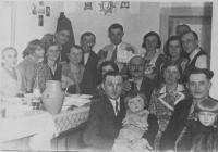 U prarodičů na křtinách v obci Bojarka na Volyni
