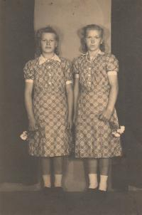 Achai Agneza and Achai Franjica; age 18; 1948 village of Sredjani, Croatia; Photographed by Rudla Rudolf Kalina