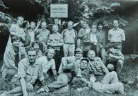 Černý kout a hraniční sloup-místo kde se v Rychlebských Horách konalo poslední pašování samizdatů 18. listopadu 1989