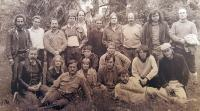 Fotografie zakládajících členů Společnosti přátel USA na Lešné.