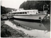 Loď Napjedla na níž  Společnost přátel USA pořádalia akci k výročí dne nezávislosti 4. července 1988.