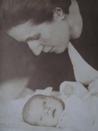 Mother with daugthter