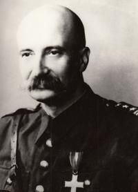Otec plukovník Stanislaw Jaxa-Rozen