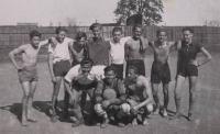 Na hřišti 1943