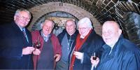 Setkání s přáteli ve vinném sklepě v Blučině