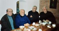 Setkání s přáteli ve sklepě stavitele Jaroslava Mittaga