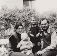 Kamil Kalina s rodinou