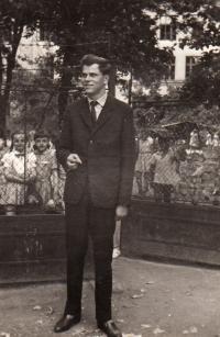V nových Zámcích 1962