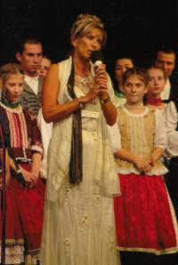 Anna at the House of Hungarian Culture, 2008
