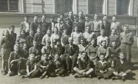 Anna Holátková (Foglová) na měšťanské škole v Šumperku v roce 1953