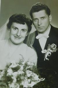Svatební fotografie Anny a Josefa Foglových