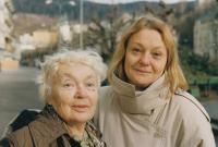 Eda Kriseová s maminkou v 90. letech