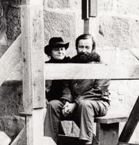 S básníkem Petrem Kabešem