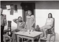 S přáteli na chalupě