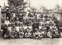 1934, German kindergarden, Petr 1st row bottom, 2nd from right
