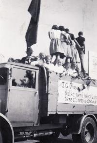 Public Exercise DTJ, 1938, Obřany