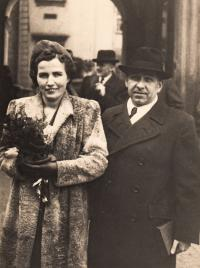 1940, November, father and his 2nd wife Joseph Maristhal