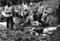 Undergroundový festival v roce 1985 na Třemešku  pořádaný na pětadvacáté narozeniny Antonína Mikšíka