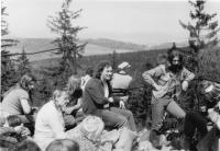 Výšlap ze Čtverky na kopec Bradlo (u Libiny) v roce 1984