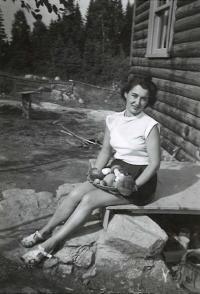 Olička in Canada, Quebec 1951