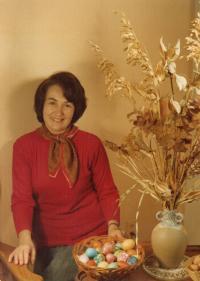 Olička, Czech Easter in Canada, 1975