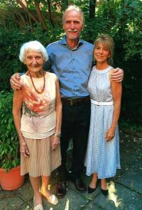 Olička with Jan and Ann, Quebec 2017