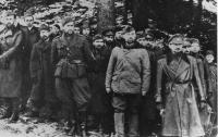 Stanislav Rejthar as a partisan after the defeat of the SNP, 1944 (in the middle in the light jacket),