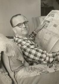 Miloš Novák at his Montreal home, 1962