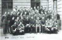 Secondary Industrial School of Mechanical Engineering in Betlémská Street, Prague 1947/1948,  34/5000 Josef Hora second from left to upper row