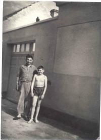 Dětství s otcem
