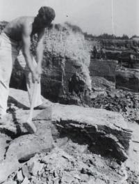 PTP - těžba v lomu 2