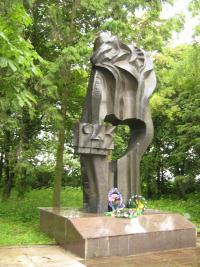 Ukrajinský památník vypálení Malína v roce 2009