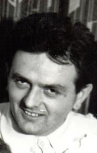 Profile photo, early 70-ties