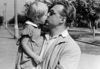 Václav, synovec pamětníka se svou dcerou Helenou