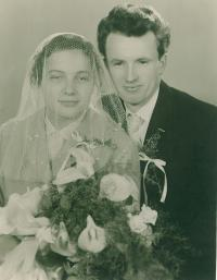 Jaroslav Bílek with wife, the wedding day