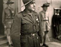 František Wretzl jako vůdce střediska po návratu z koncentráku, 1945