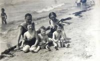 Hahn family on the beach close to Trieste (Italy)
